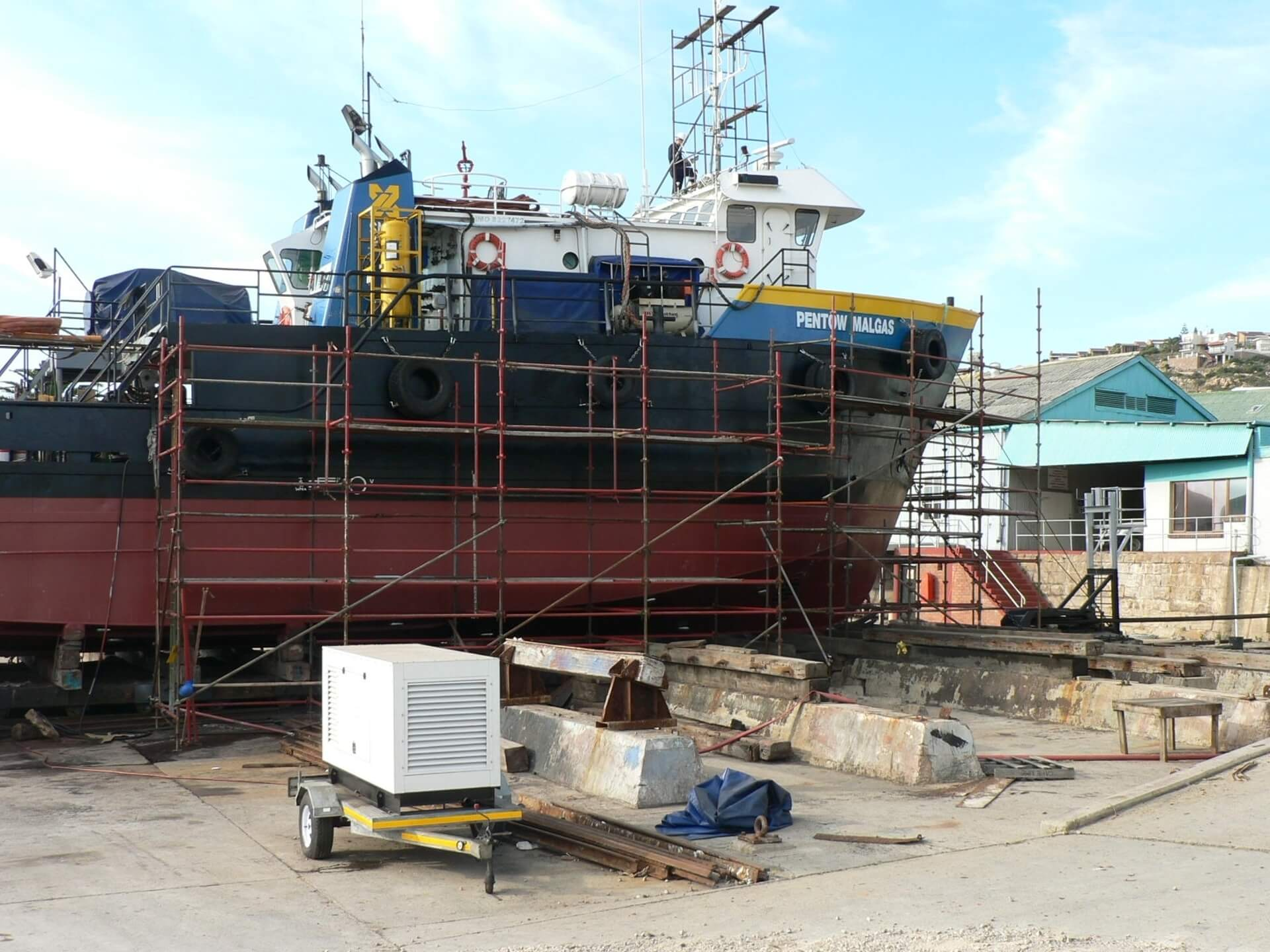 Ship repair service dry docking up to 240 tons