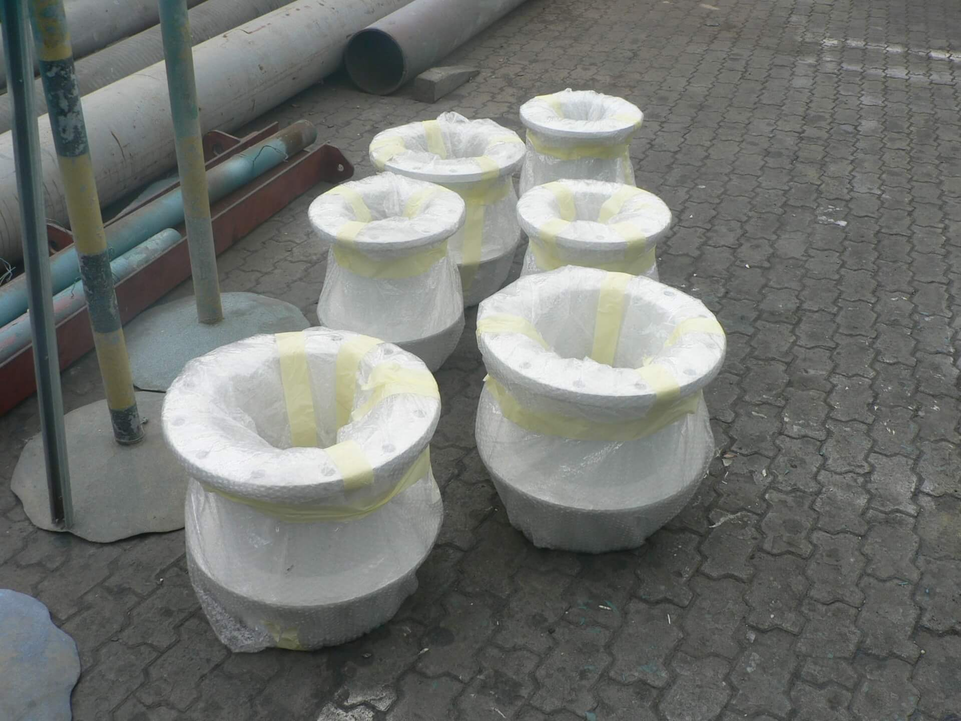 Specially coated puddle pipes